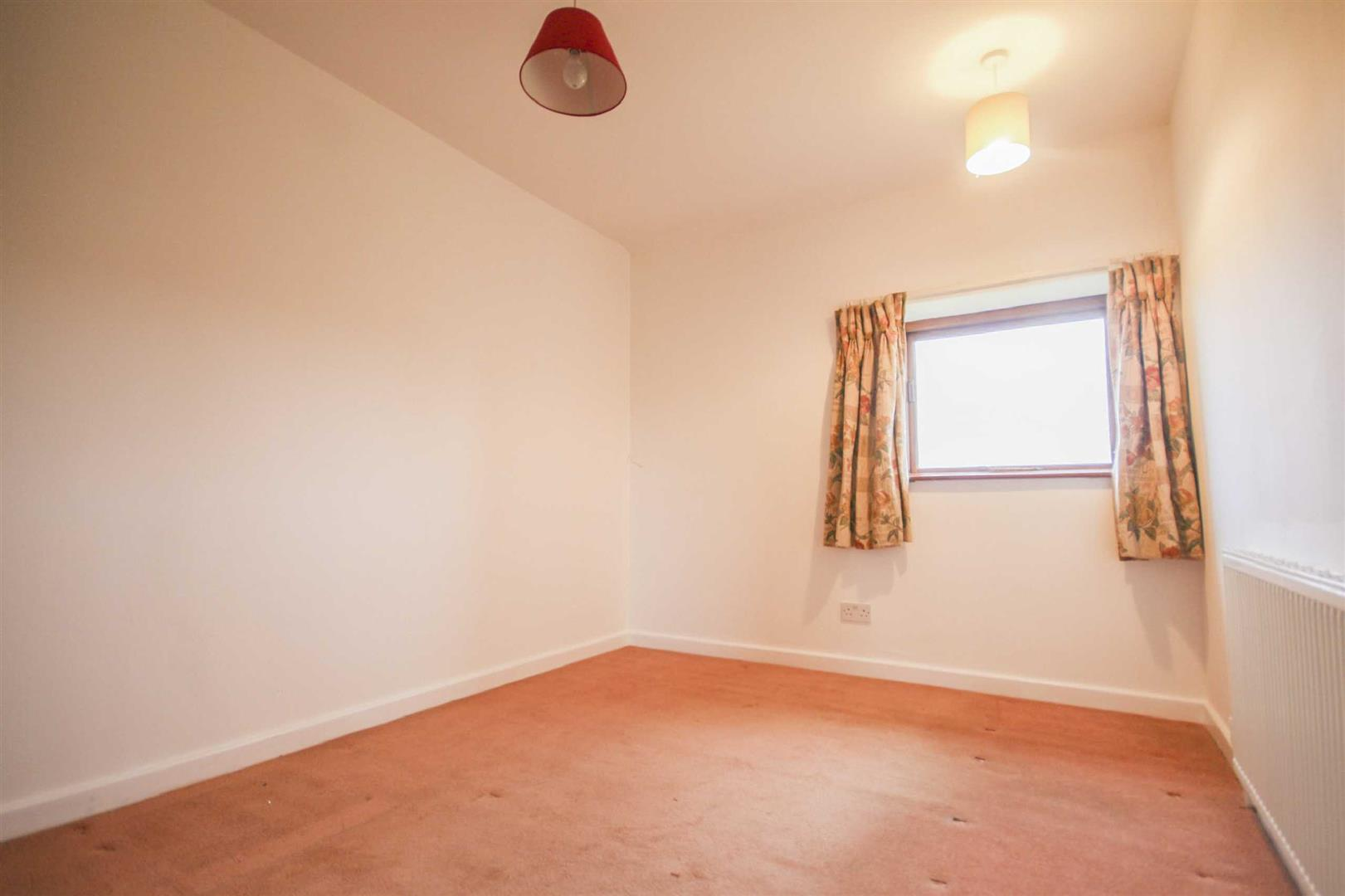 3 Bedroom Barn Conversion For Sale - Image 10